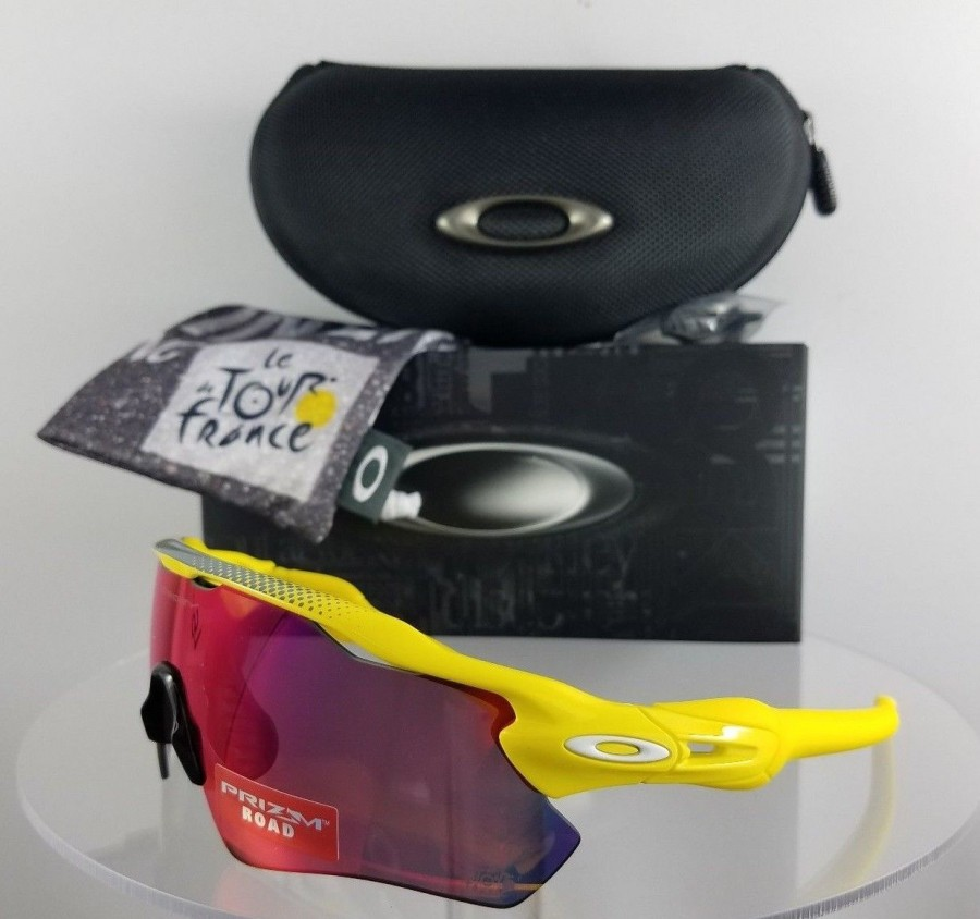 Oakley OO9208 43 Yellow Sunglasses