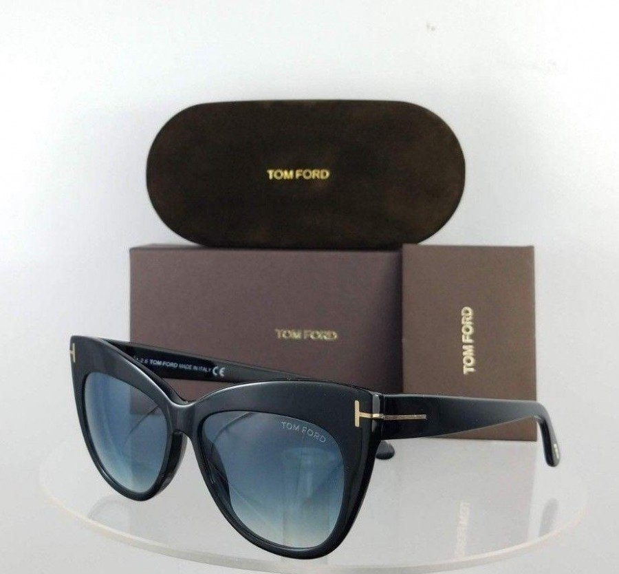 Tom Ford FT523 01W Black Sunglasses