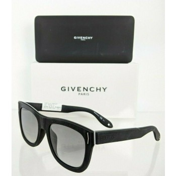 Givenchy GV 7016/S 8VWV Matte Black Sunglasses