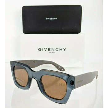 Givenchy GV 7061/S PJP7 Blue & Beige Sunglasses